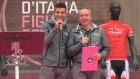 Paolo Mei Speaker Live al foglio firma di Cosenza